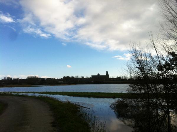 Le marais de Dol, le chemin vert et la Cathédrale