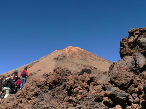 en marche vers le sommet du Teide!