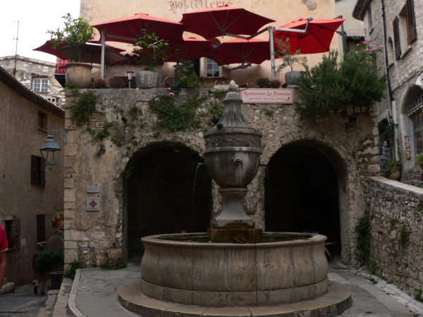 Fontaine à St-Paul de Vence
