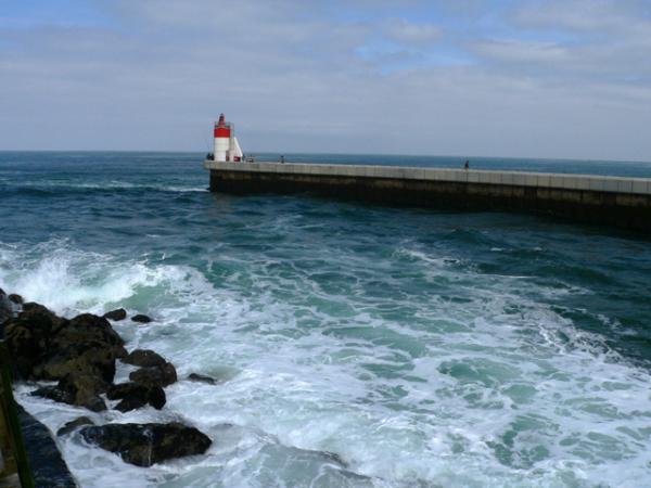 Entrée dans le port de Cap-Breton