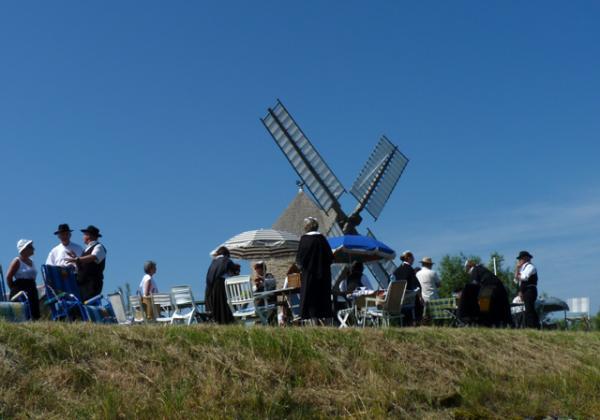 Fête traditionnelle au moulin