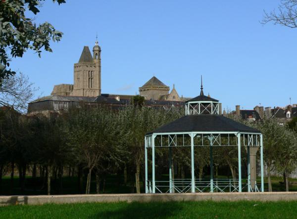 La Cathédrale de DOL de Bretagne