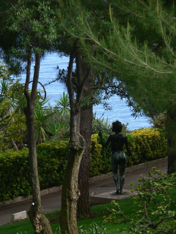 Sculpture sur la côte d'Azur
