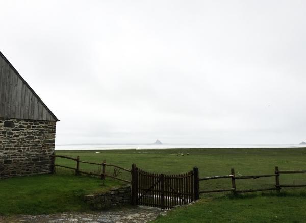Depuis l'éco-musée de Vains (50), le gris lumineux