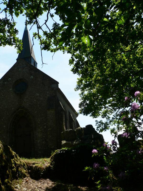La petite chapelle à Mortain (50)