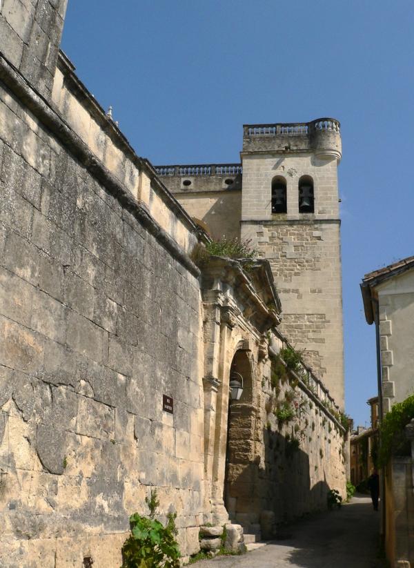 Grignan- Drôme provençale