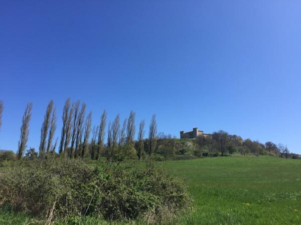 Drôme provençale- Le château à Comps (près de Dieulefit)