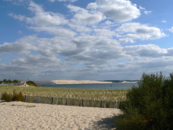 Depuis le Cap ferret, la dune du Pyla